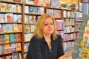 Yazarlar-Zerrin Dağcı