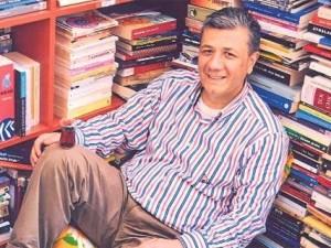 Yazarlar-Mustafa Balbay