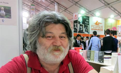 Yazarlar - Ahmet Nesin